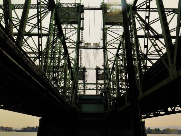 Broumand_I-5 Bridge Vancouver WA