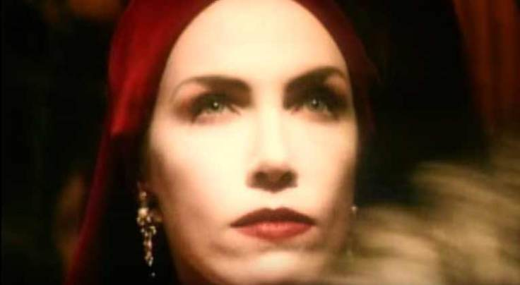 annie-lennox-walking-on-broken-glass-official-music-video