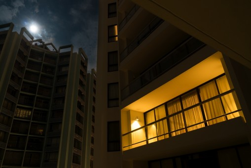 night_light_apartment_flat_balcony_alone_moon_still-1276293